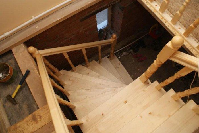 Деревянная лестница как сделать