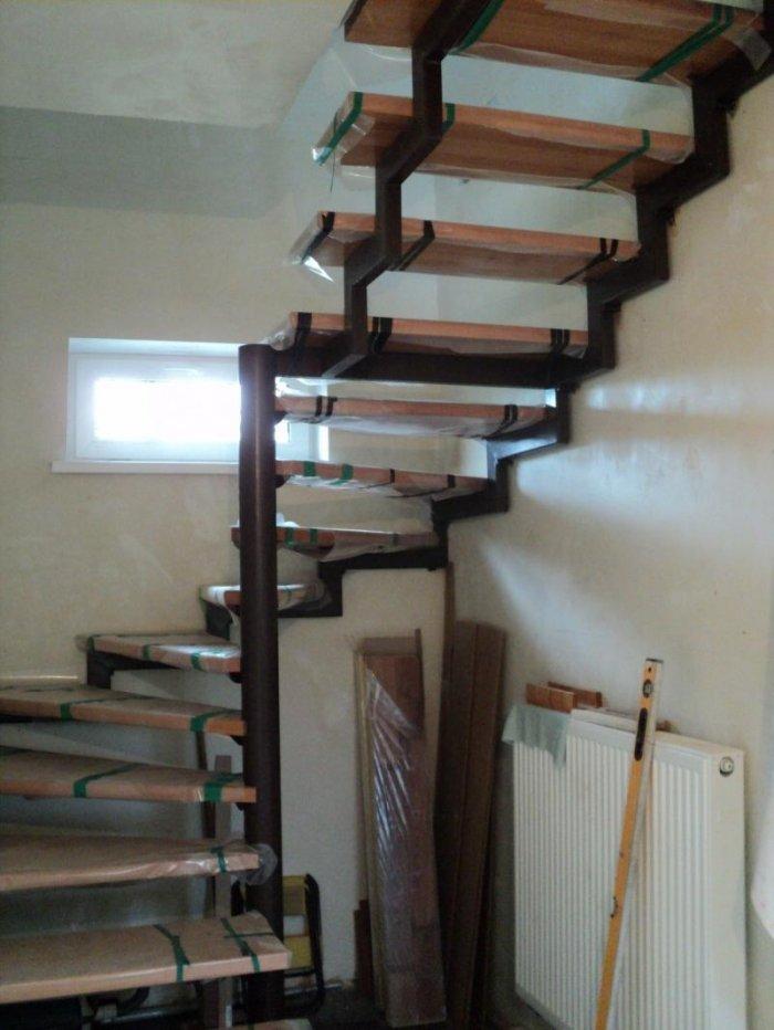 Лестница из квадратной трубы своими руками