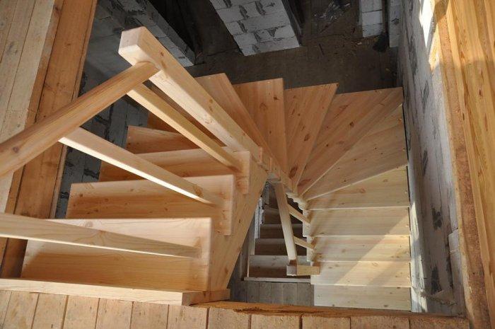 новый где купить недорогую лестницу на второй этаж если одновременно