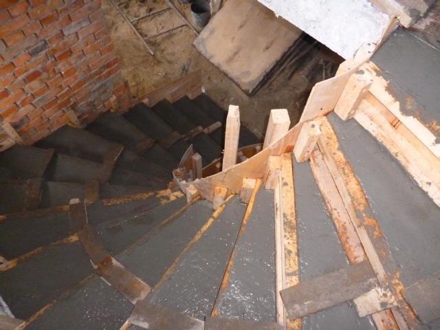 Лестница винтовая своими руками из бетона видео