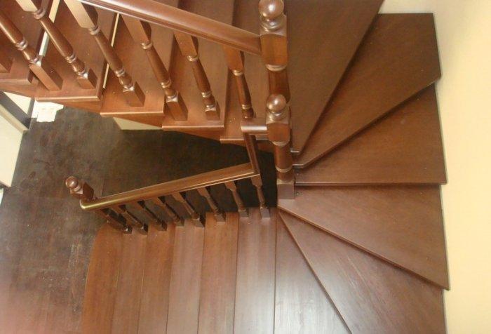 Поворотные ступени лестницы своими руками